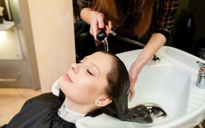 5 Dicas de como cuidar dos cabelos oleosos!